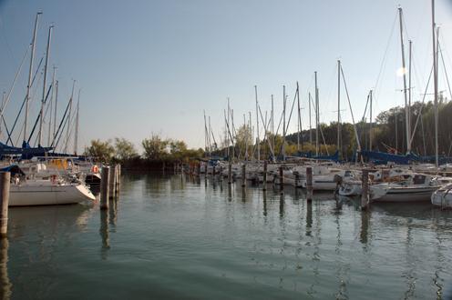 Almádi Öreghegyi Kikötő