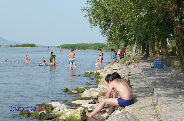 Balatonberény - Csicsergő sétányi szabadstrand