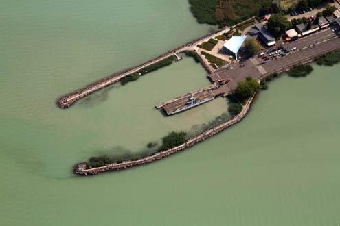 BH Zrt. kompkikötő