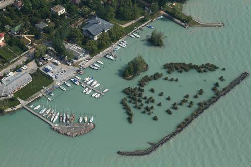 EGIS Vizisporttelep kikötő