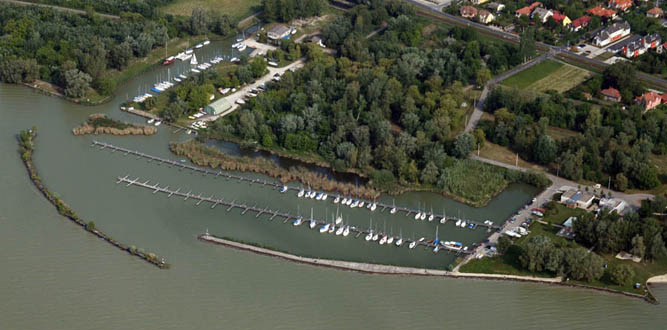 Keszthelyi Yachtkikötő