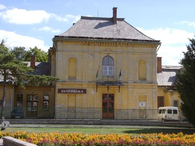 Pálóczi-kastély