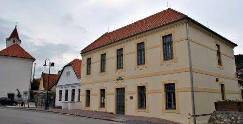 Arács központja