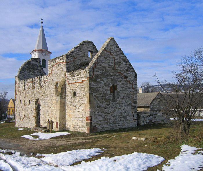 Kettős Templom romja
