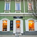 Pura Vida Wine & Dine Restaurant